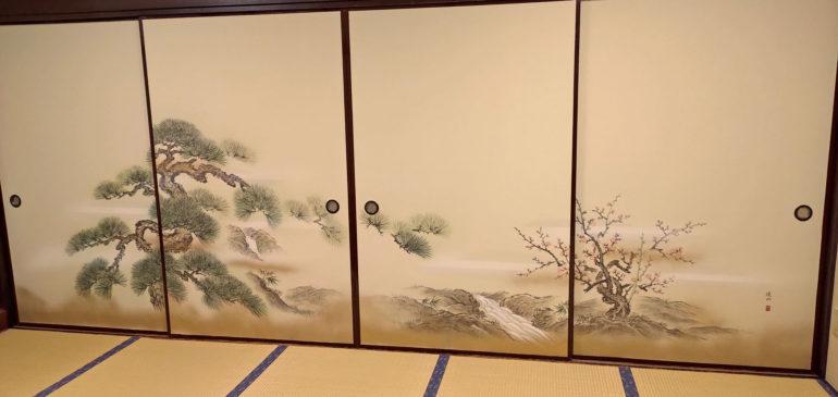 2階個室の襖を模様替え